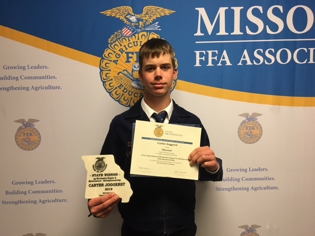 Sophomore Carter Joggerst Takes Home State FFA Convention Award