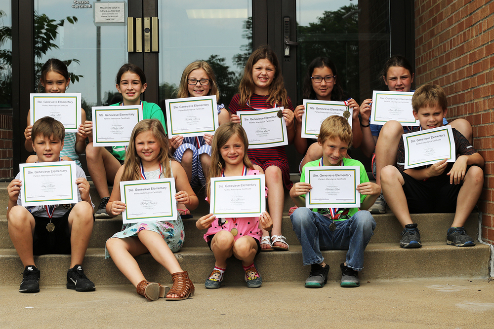 Ste. Genevieve Elementary Students Earn Perfect Attendance Award