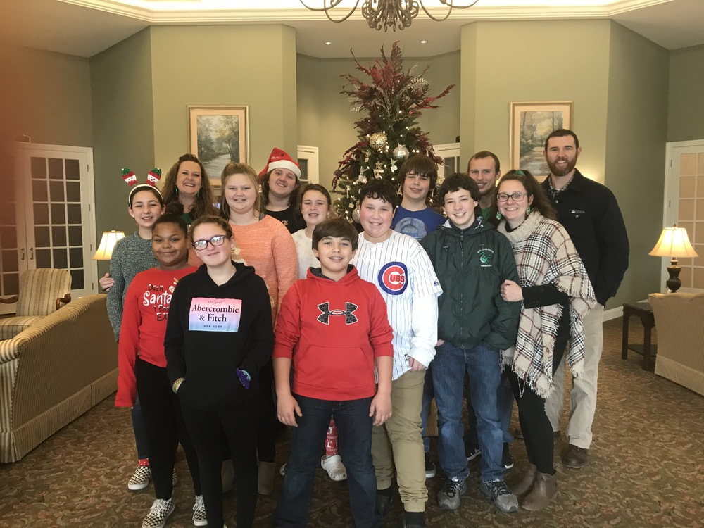 Ste. Genevieve Middle School Spreads Christmas Cheer with Community Caroling