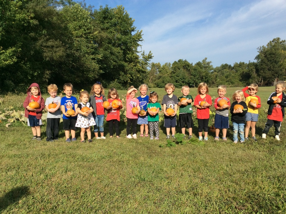Ste. Genevieve Preschool Picks Pumpkins