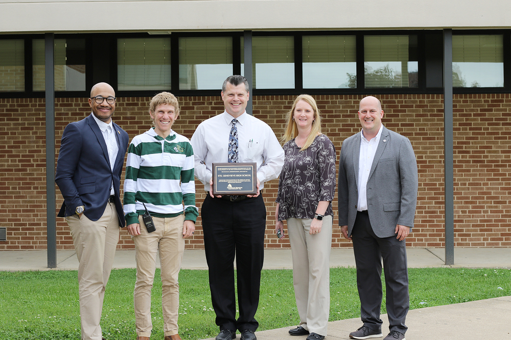 Ste. Genevieve High School Awarded 2018-2019 Best Partners Plaque from SEMO College of Education, Health and Human Studies