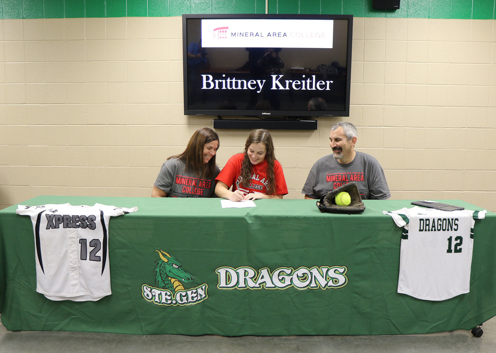 Ste. Genevieve High School Senior Brittney Kreitler Signs with Mineral Area College