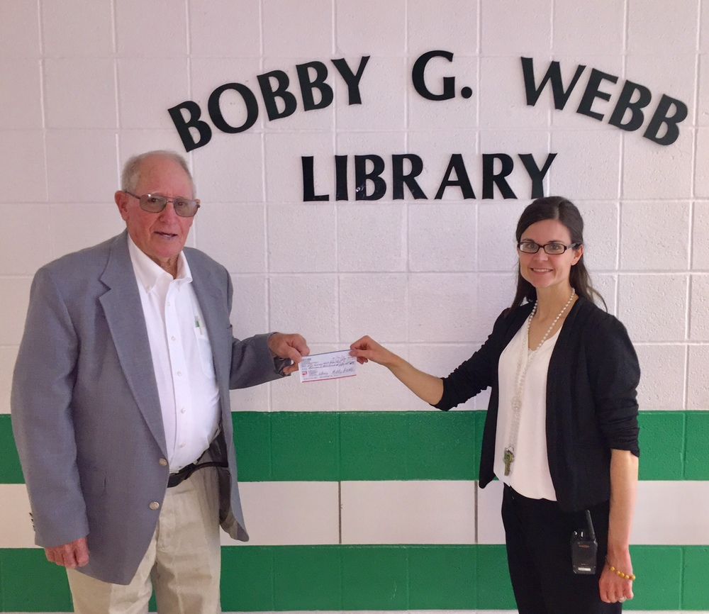 Ste. Genevieve Elementary Library Purchases New Books with Donations from Webbs