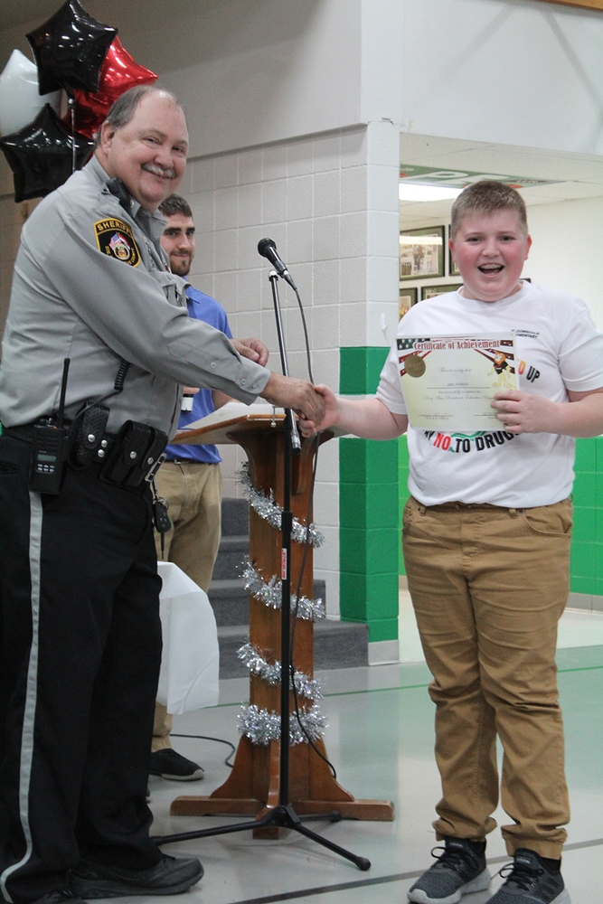 SG R-II Elementary Schools Hold DARE Graduation Events