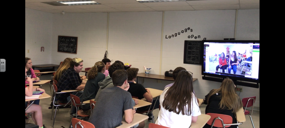 SGHS Spanish Classes Integrate Technology into Lessons
