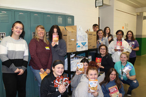 SGHS FCCLA Organizes Thanksgiving Dinner Kit Food Drive