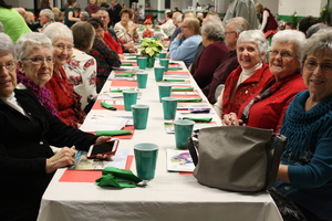 FBLA Hosts Senior Citizens' Christmas Dinner