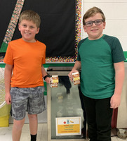 Ste. Genevieve Elementary PTO Donates Funds for Share Fridge